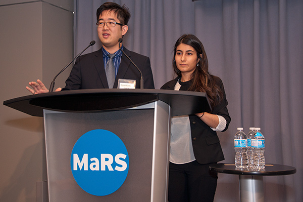 David Lee and Nika Shakiba open the StemCellTalks conference (Photo by Mario Moscovici)