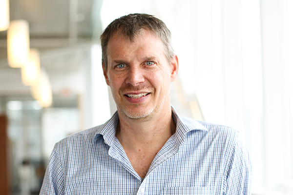 University Professor Peter Zandstra (IBBME) will be receiving the Scale-Up and Manufacturing of Cell-Based Therapies Award from Engineering Conferences International. (Credit: Neil Ta)